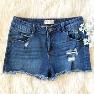 Jolt Size 9 Distressed Med Wash Denim Shorts